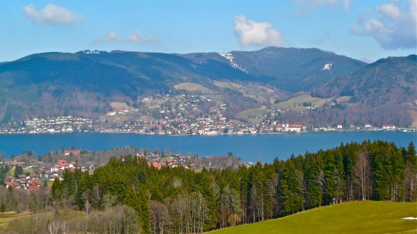 Even in tranquil Tegernsee, low interest rates are causing trouble Image: sanfamedia.com/Flickr