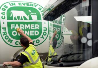 Farmer owned marque on Arla milk tankers (c) Arla Foods UK