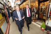 High streets minister Brandon Lewis is with Marytn Hulme at the launch of the Healthy High Streets campaign in Great Yarmouth