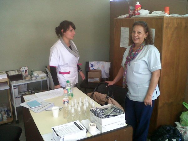Medical centre set up by co-operatives to respond to emergency situations following flooding in Argentina (c) Cooperar