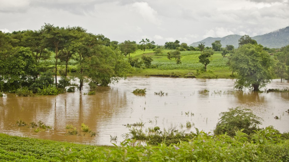 Floods in Malawi; The rainy season in Malawi runs from December to April (Image: Brendan Howard)