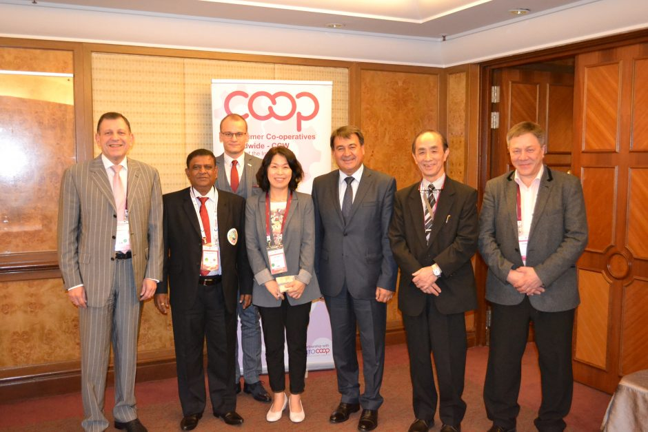 The elected president Peter Stefanov and executive committee from three Alliance regions