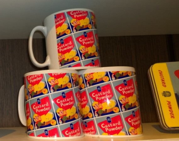 Mugs with old CWS adverts